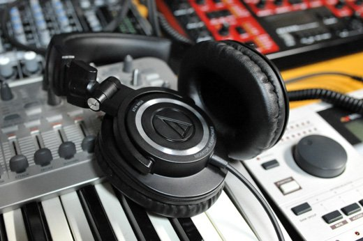 Audio-Technica ATH-M50X Must pilt 6